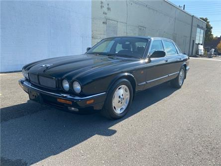 1997 Jaguar XJ6 4.0 (Stk: ) in Etobicoke - Image 1 of 23