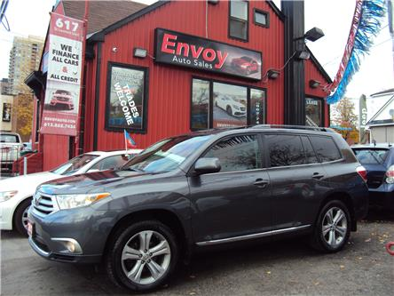 2012 Toyota Highlander V6 Limited (Stk: ) in Ottawa - Image 1 of 30
