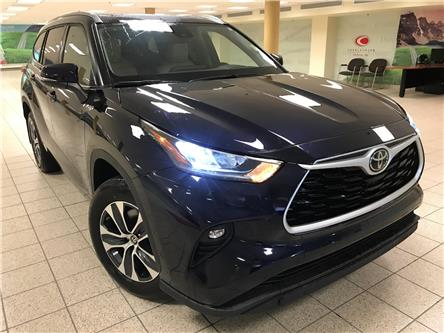 2021 Toyota Highlander XLE (Stk: 210181) in Calgary - Image 1 of 21