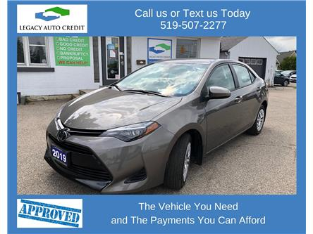2019 Toyota Corolla LE (Stk: 20086) in Waterloo - Image 1 of 18