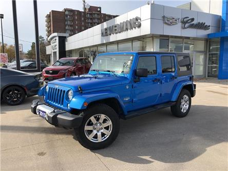 2015 Jeep Wrangler Unlimited Sahara (Stk: L382AA) in Chatham - Image 1 of 18