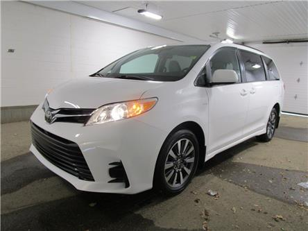 2020 Toyota Sienna LE 7-Passenger (Stk: 203718) in Regina - Image 1 of 23