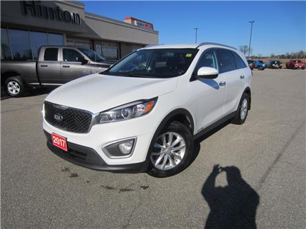 2017 Kia Sorento 3.3L LX V6 7-Seater (Stk: 20264A) in Perth - Image 1 of 12