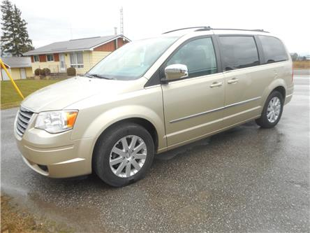 2010 Chrysler Town & Country Touring (Stk: NC 3986) in Cameron - Image 1 of 12