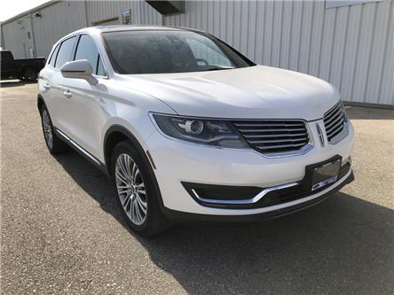 2017 Lincoln MKX Reserve (Stk: HBL31199) in Wallaceburg - Image 1 of 15