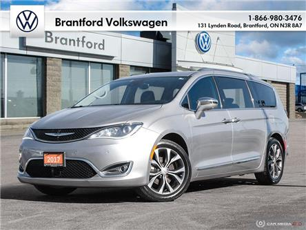 2017 Chrysler Pacifica Limited (Stk: VC70096A) in Brantford - Image 1 of 30