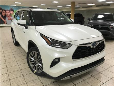 2021 Toyota Highlander Hybrid Limited (Stk: 210193) in Calgary - Image 1 of 20