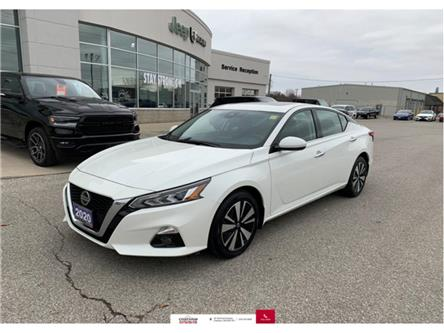 2020 Nissan Altima 2.5 SV (Stk: U04669) in Chatham - Image 1 of 23