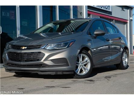 2017 Chevrolet Cruze Hatch LT Auto (Stk: 201163) in Chatham - Image 1 of 25