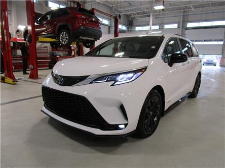 2021 Toyota Sienna XSE 7-Passenger (Stk: 219041) in Moose Jaw - Image 1 of 33