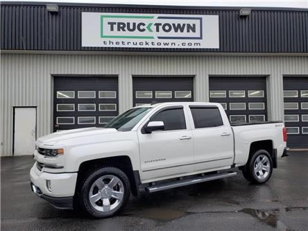 2017 Chevrolet Silverado 1500 2LZ (Stk: T0118) in Smiths Falls - Image 1 of 23