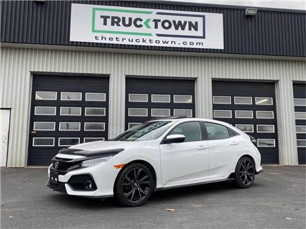2018 Honda Civic Sport Touring (Stk: T0116) in Smiths Falls - Image 1 of 26
