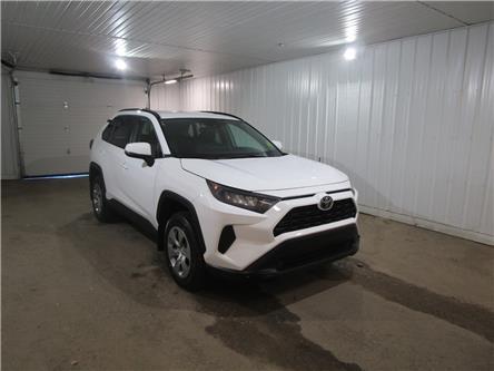 2020 Toyota RAV4 LE (Stk: F171738) in Regina - Image 1 of 31