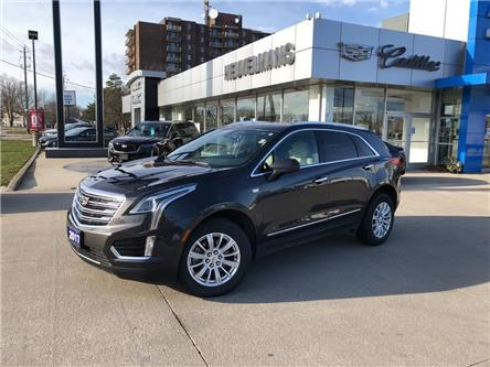 2017 Cadillac XT5 Base (Stk: M130A) in Chatham - Image 1 of 17
