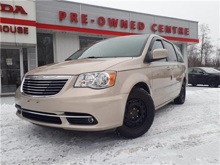 2013 Chrysler Town & Country Touring-L (Stk: E-2479A) in Brockville - Image 1 of 30