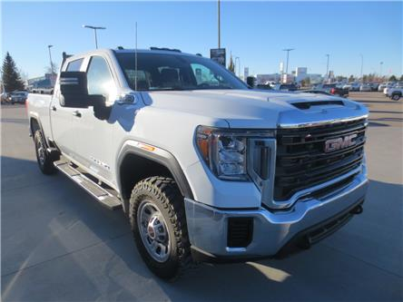 2020 GMC Sierra 2500HD Base (Stk: 215675) in Lethbridge - Image 1 of 15