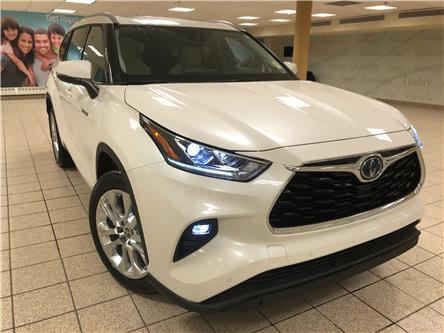 2021 Toyota Highlander Hybrid Limited (Stk: 210158) in Calgary - Image 1 of 23