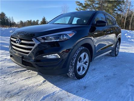 2017 Hyundai Tucson Base (Stk: -) in North Bay - Image 1 of 15