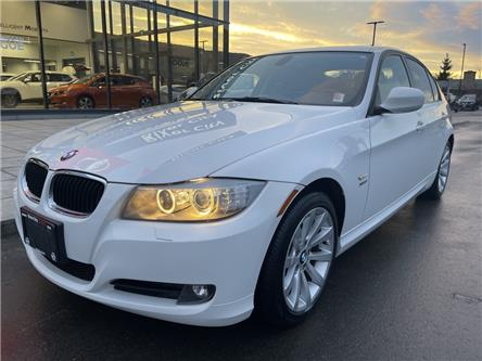 2011 BMW 328i xDrive (Stk: T20318B) in Kamloops - Image 1 of 25