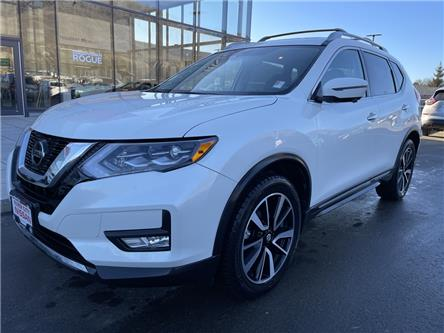 2018 Nissan Rogue SL (Stk: UT1540) in Kamloops - Image 1 of 27
