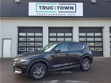 2018 Mazda CX-5 GX (Stk: T0072) in Smiths Falls - Image 1 of 21