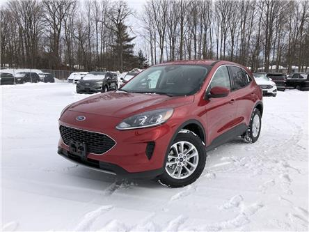 2021 Ford Escape SE (Stk: ES21070) in Barrie - Image 1 of 15