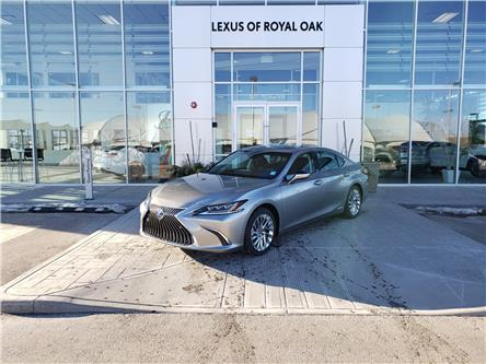2021 Lexus ES 300h Base (Stk: L21186) in Calgary - Image 1 of 18