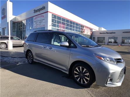 2018 Toyota Sienna XLE 7-Passenger (Stk: 9294A) in Calgary - Image 1 of 26