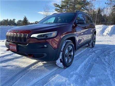 2019 Jeep Cherokee Trailhawk (Stk: 20156) in North Bay - Image 1 of 17