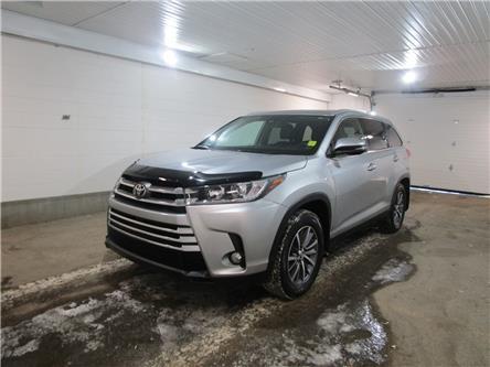2019 Toyota Highlander XLE (Stk: 2035181) in Regina - Image 1 of 38