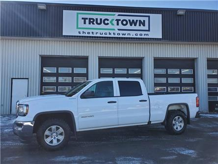 2018 GMC Sierra 1500 Base (Stk: T0176) in Smiths Falls - Image 1 of 19