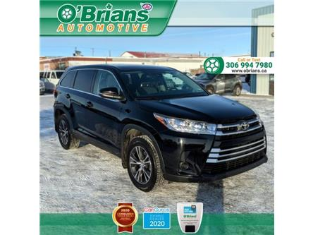 2019 Toyota Highlander LE (Stk: 13870A) in Saskatoon - Image 1 of 21