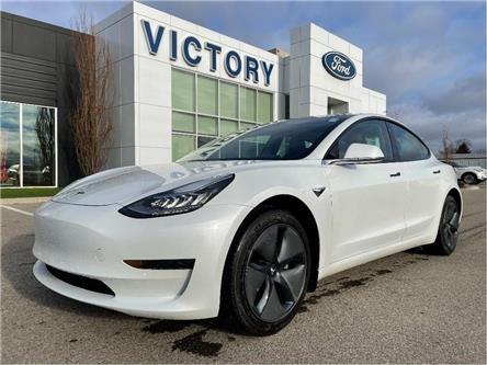 2020 Tesla Model 3 Standard Range (Stk: V5525) in Chatham - Image 1 of 21