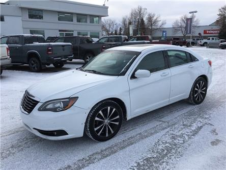 2012 Chrysler 200 S (Stk: 21CP9423A) in Devon - Image 1 of 11