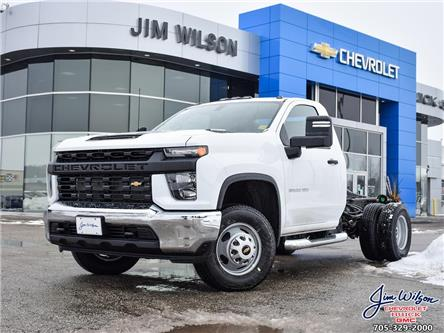 2021 Chevrolet Silverado 3500HD Chassis Work Truck (Stk: 2021350) in Orillia - Image 1 of 20