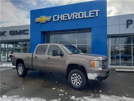 2014 GMC Sierra 3500HD SLT (Stk: D21T102A) in Port Alberni - Image 1 of 24