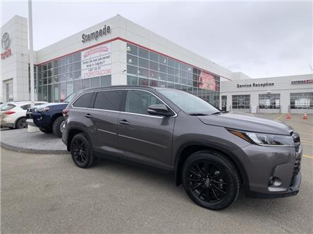 2019 Toyota Highlander XLE (Stk: 210365A) in Calgary - Image 1 of 28