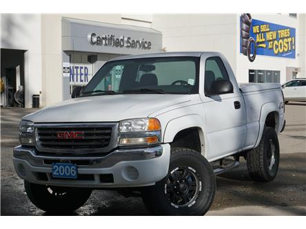2006 GMC Sierra 1500 SL (Stk: 20-255B) in Salmon Arm - Image 1 of 17
