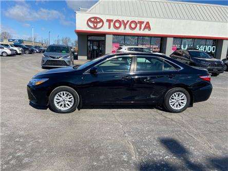 2017 Toyota Camry  (Stk: 2004971) in Cambridge - Image 1 of 16