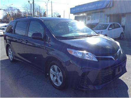 2020 Toyota Sienna LE 8-Passenger (Stk: 210145) in Ottawa - Image 1 of 23