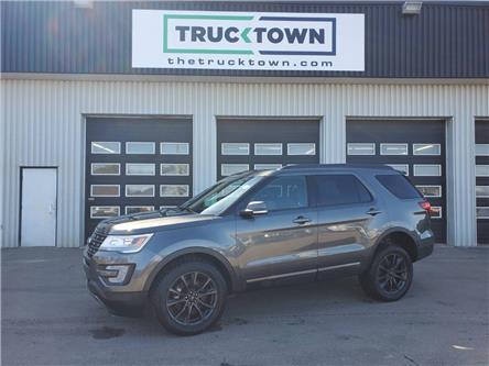 2017 Ford Explorer XLT (Stk: T0243) in Smiths Falls - Image 1 of 23