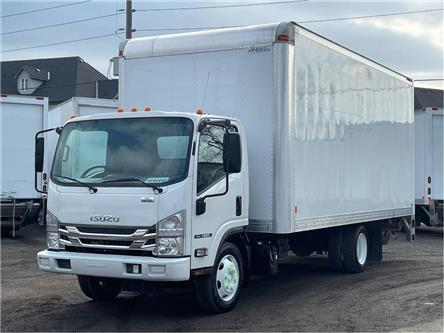 2017 Isuzu NRR Used 2017 Isuzu 20' Body/Tailgate Loader (Stk: ST302651T) in Toronto - Image 1 of 17