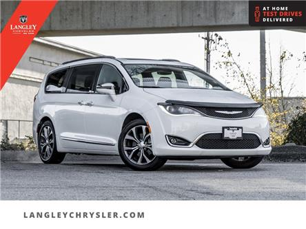 2017 Chrysler Pacifica Limited (Stk: LC0581) in Surrey - Image 1 of 24