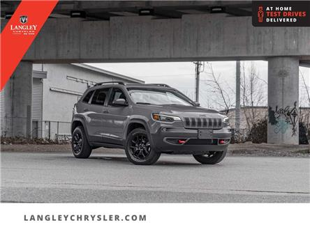 2019 Jeep Cherokee Trailhawk (Stk: M628206A) in Surrey - Image 1 of 25