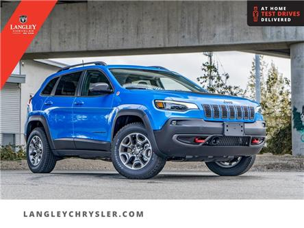 2021 Jeep Cherokee Trailhawk (Stk: M115961) in Surrey - Image 1 of 24