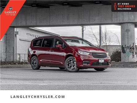 2021 Chrysler Pacifica Hybrid Limited (Stk: M526755) in Surrey - Image 1 of 24