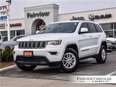 2019 Jeep Grand Cherokee Laredo (Stk: U18424) in Burlington - Image 1 of 27