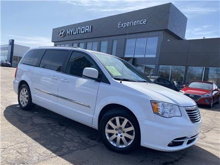 2014 Chrysler Town & Country Touring (Stk: N1221A) in Charlottetown - Image 1 of 12