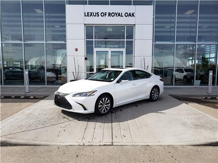 2021 Lexus ES 300h Base (Stk: L21278) in Calgary - Image 1 of 15