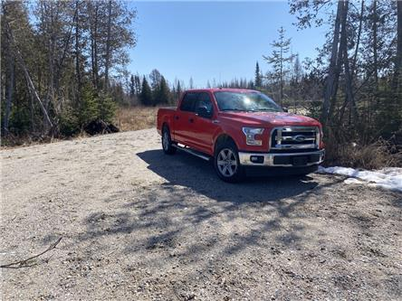 2017 Ford F-150 XLT (Stk: 21052) in North Bay - Image 1 of 13